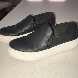 Steve Madden Gill black leather sneaker 6.5